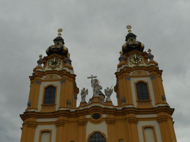 fachada igreja melk