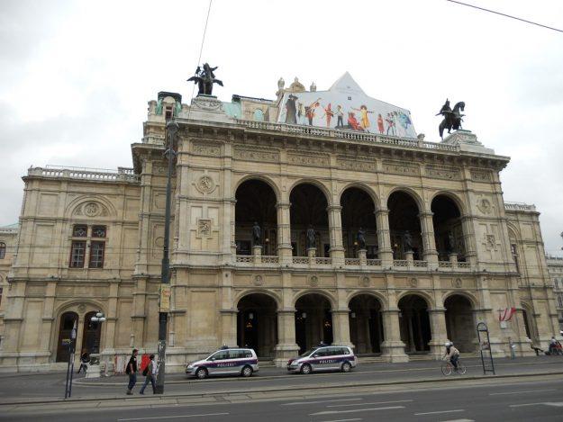 fachada da Staatsoper
