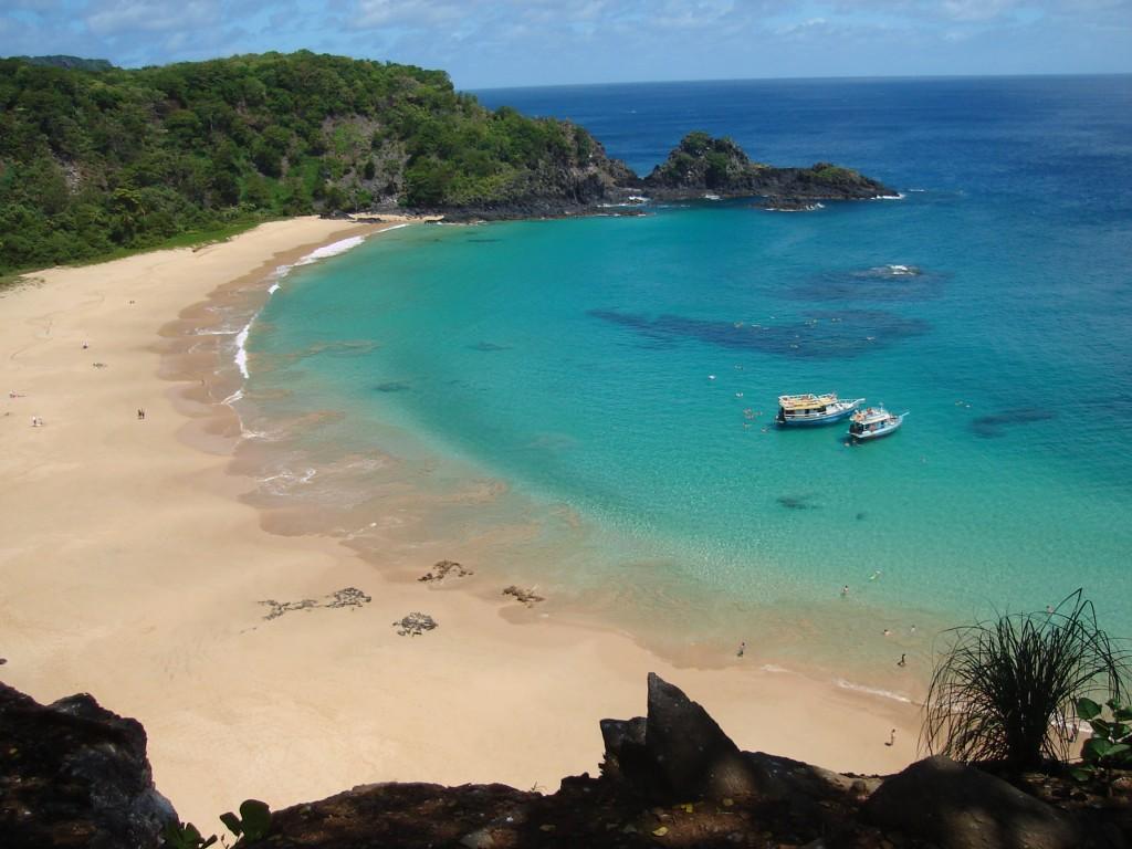 Praia do Sancho, em Fernando de Noronha. Foto: Marcelle Ribeiro