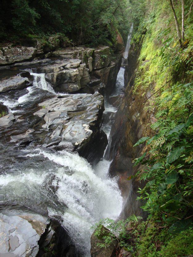 Cachoeira Raizama, na Chapada dos Veadeiros.