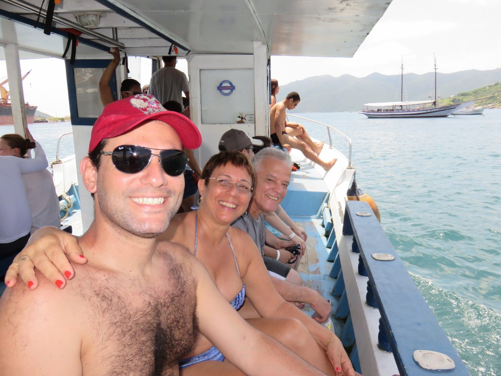 Maridão, sogrinha e sogrinho curtindo o barco. Foto:  Marcelle Ribeiro.