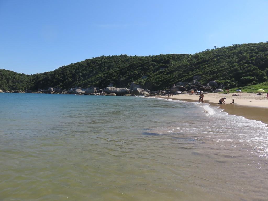 Praia da Tainha, em Bombinhas. Foto: Marcelle Ribeiro.