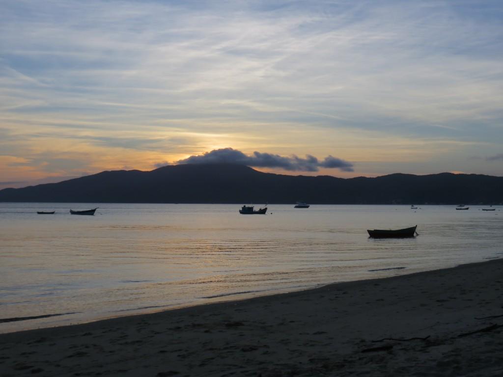 Praia de Canto Grande de  Dentro. Foto: Marcelle Ribeiro.