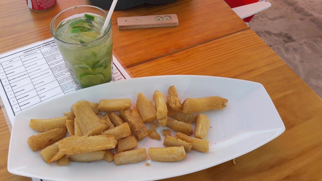 Aipim frito na praia é tudo de bom! Foto: Marcelle Ribeiro