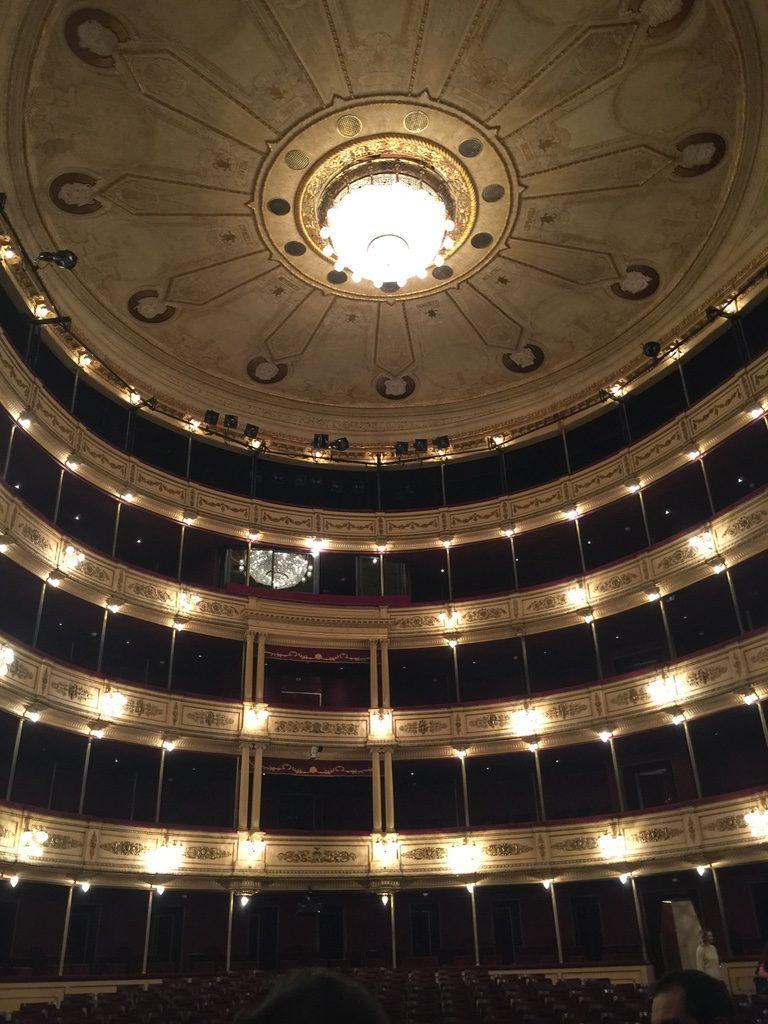 viagem ao uruguai Teatro Solis