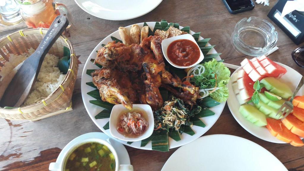 A comida apimentada do Warung Mina. Foto: Marcelle Ribeiro