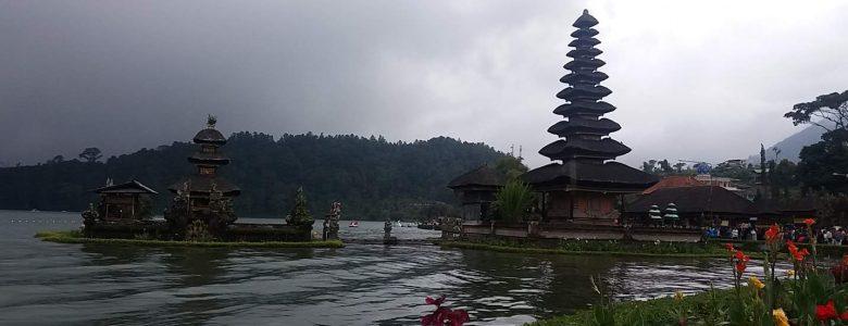 Indonésia: Conheça os templos e lagos do Norte de Bali