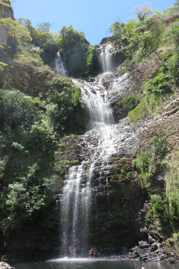 cachoeiras-na-serra-do-cipo-cachoeira-farofa