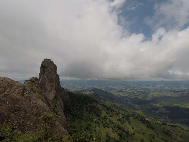 Pedra do Baú vista da Pedra do Bauzinho