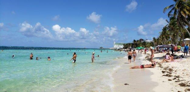 Praia de Spratt Bight San Andres