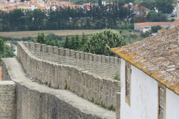 o que fazer em óbidos muralha