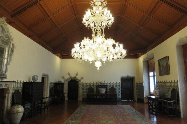 O que fazer em Sintra Palácio da Vila lustre