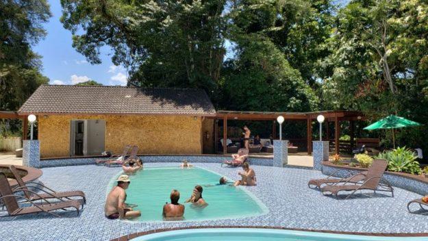 pousada terê-parque teresopolis piscina