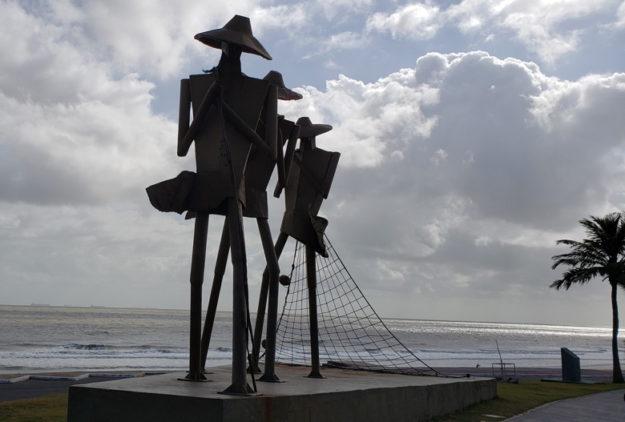 o que fazer em sao luis monumento aos pescadores