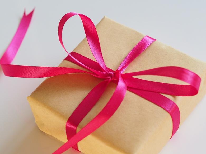 presentes para quem gosta de viajar presente laço rosa