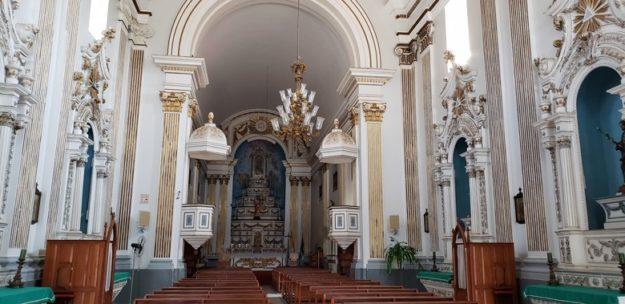 o que fazer em vassouras igreja matriz altar